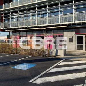 Location local commercial 177.35 m² non divisibles
