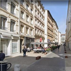 Location local commercial 50 m² non divisibles
