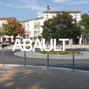 Location local commercial 104.80 m² à TOULOUSE