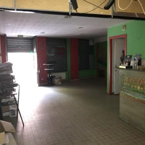 Location local commercial 120 m² non divisibles