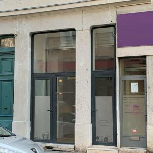 Location local commercial 37 m² non divisibles