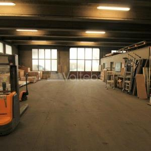 Location local d\'\'activites 522 m² non divisibles