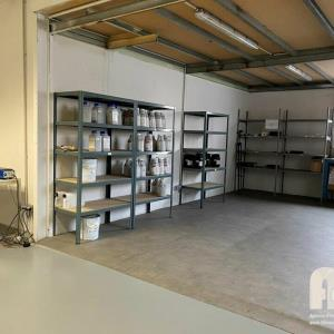 Location local d\'\'activites 750 m² non divisibles