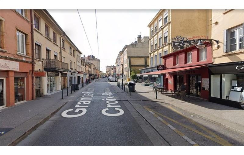 Location local commercial 60 m² non divisibles