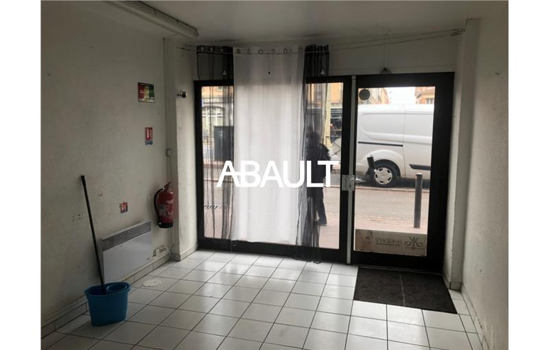 Location local commercial 45.00 m² à TOULOUSE