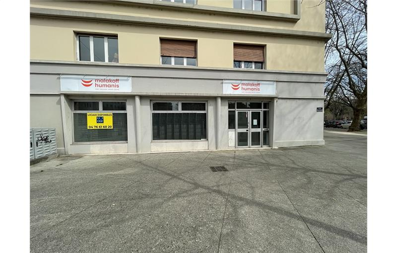 Location local commercial 144 m² à GRENOBLE